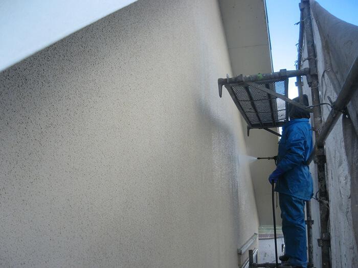 壁の洗浄の写真