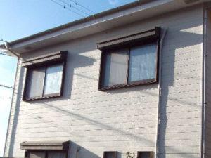 「色あせた外壁と屋根が見違えるほど美しく(神奈川県平塚市)」のBefore写真