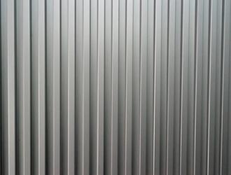 見た目がオシャレなガルバリウム鋼板、実は中身も優れもの!