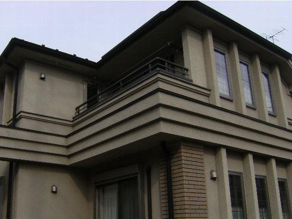 「外壁の色をクリーム色にして美しい光沢を(大阪府茨木市)」のBefore写真