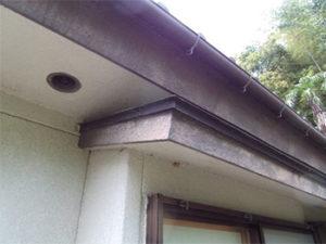 「雨どいや鉄部まで外装全体を塗装し直しました。(神奈川県平塚市)」のBefore写真