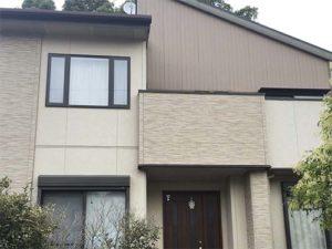 「外壁の汚れやコケをきれいにし、劣化部分を修復しました(神奈川県大磯町)」のBefore写真