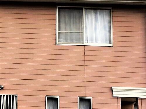 「可愛らしいパステルカラーの外壁に大変身(東京都八王子市)」のBefore写真
