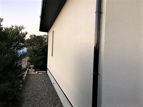 「モルタル外壁 新築時の白の美しさを取り戻す(神奈川県川崎市)」のAfter写真