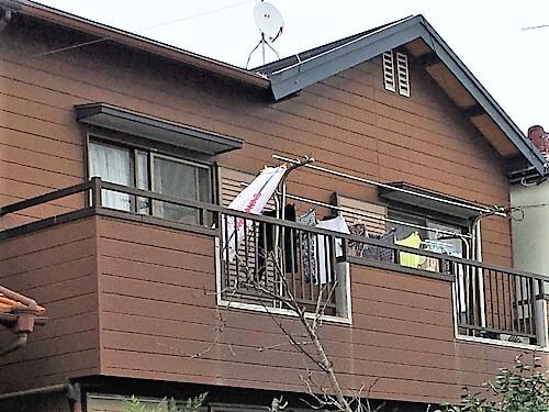 「濃いブラウンから淡いブラウンへの塗り替え(東京都大田区)」のBefore写真