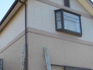 「ひどく汚れが目立っていた外壁の事例(神奈川県大磯町)」のBefore写真