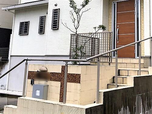 「北玄関の外壁こそ美しく(神奈川県愛甲郡)」のBefore写真