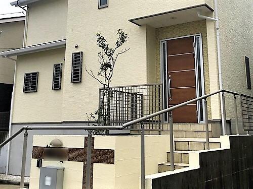 「北玄関の外壁こそ美しく(神奈川県愛甲郡)」のAfter写真