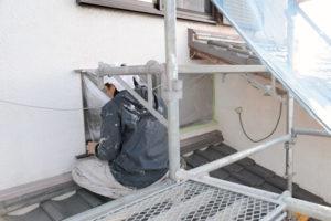 外壁塗装に欠かせない「養生」とは─その重要性と方法について