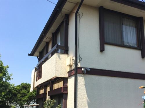「傷みきっていた外壁が補修・塗装で若返り!(神奈川県秦野市)」のBefore写真