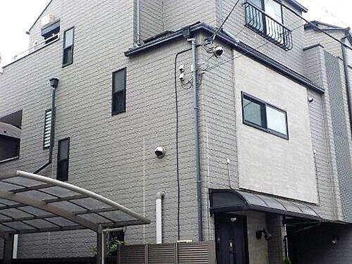 「劣化したコーキング部分を打ち替え・塗装で目立たなく!神奈川県綾瀬市」のBefore写真
