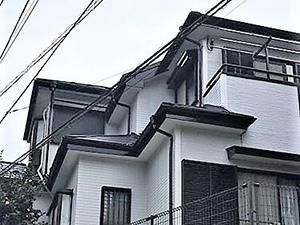 「単色塗り替えで印象アップ!雨樋や屋根も塗装し新築のような外観に (神奈川県厚木市)」のAfter写真
