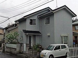 「くすんだグレーから茶色に塗装して落ち着いた雰囲気の住まいに(神奈川県海老名市)」のBefore写真
