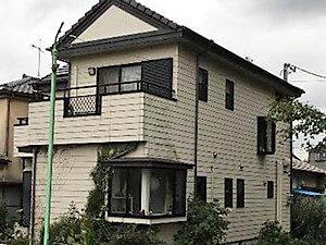 「ツタを取り除きベランダの防水工事も行って外壁の不安を一新!(神奈川県逗子市)」のBefore写真