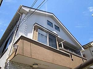 「大人っぽいモノトーンの戸建てを温かみある茶とベージュの外壁へ!(神奈川県厚木市)」のAfter写真