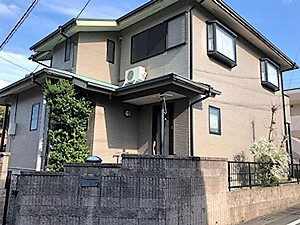 「風合いをそのままに「クリア塗装」で新築時のツヤを取り戻す!(神奈川県愛川町)」のBefore写真