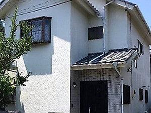「微弾性の下地でひび割れを防止!モダンな住宅に変身(神奈川県海老名市)」のBefore写真
