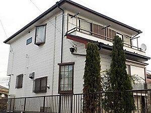 「外壁のカラーを変えて柔らかい雰囲気の住まいに変身!(神奈川県南足柄市)」のBefore写真