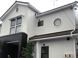 「外壁塗装で汚れや劣化を一掃!デザイン性の高い注文住宅が新築同然に(神奈川県平塚市)」のAfter写真