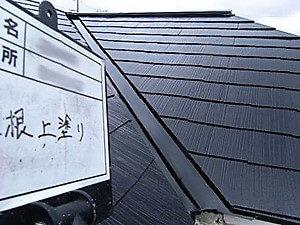 「カビの生えたスレート屋根に新築同然の美観と防水性が復活(神奈川県厚木市)」のAfter写真