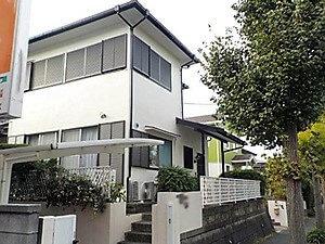 「コケの生えたモルタルをピカピカに新調した事例(神奈川県海老名市)」のAfter写真