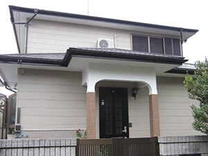 「サイディング外壁をフッ素塗料で外壁塗装した事例(神奈川県南足柄市)」のAfter写真