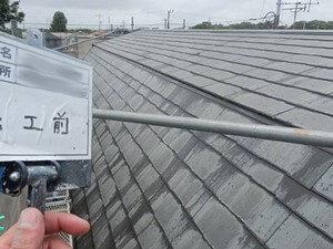 「外壁と屋根を同時に塗装!築10年以上の住宅が美観を取り戻した事例(東京都八王子市)」のBefore写真
