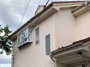 「外壁塗装と屋根塗装を同時に実施!清潔感を取り戻した事例(神奈川県愛川町)」のBefore写真