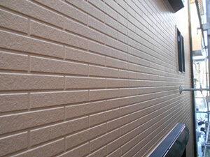 「レンガ調のサイディングを塗り替え!屋根と同時に塗装した事例(神奈川県南足柄市)」のAfter写真