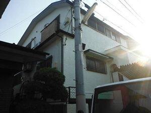 「黒ずみと変色(黄ばみ)が深刻な洋風住宅を外壁塗装でメンテナンス(神奈川県逗子市)」のAfter写真