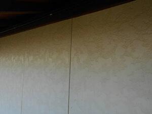 「黄ばんだ外壁を塗り替え工事!新築のような美しい住宅へ変身した事例(神奈川県大磯町)」のBefore写真