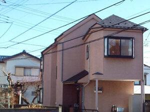 「おしゃれなモルタル外壁を黄色く塗り替え!気分を一新した事例(東京都武蔵野市)」のBefore写真