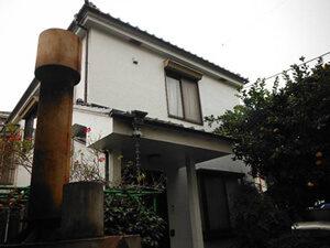 「黒ずんだモルタル外壁を真っ白に塗り替え!清潔感が復活した事例(神奈川県座間市)」のAfter写真