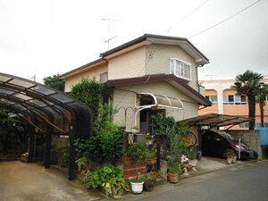 「サイディングをウレタン塗料で外壁塗装!バルコニー防水工事も実施した事例(東京都武蔵野市)」のBefore写真