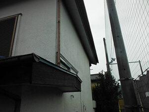 「15年放置したモルタル外壁を塗り替え!美観がよみがえった事例(神奈川県藤沢市)」のBefore写真
