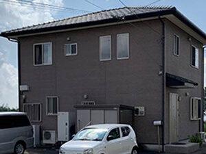「色あせたサイディングを再塗装!よりお気に入りの住宅に変身した事例(神奈川県厚木市)」のBefore写真