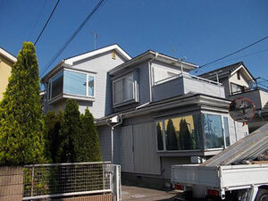 「ALC外壁をウレタン塗料で塗り替え!少し早めの外壁塗装で美観を維持(神奈川県綾瀬市)」のBefore写真