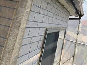 「外壁塗装と屋根塗装を同時に実施!外壁の色を新たにして変身したT様邸(神奈川県平塚市)」のBefore写真