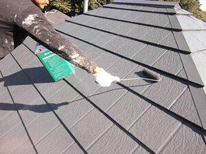 「コケが生えるほど塗膜が劣化した屋根を美しく塗り替え(神奈川県海老名市)」のAfter写真