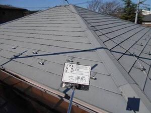 「築12年のトタン屋根を塗装メンテナンス!美しく変身した事例(東京都大田区)」のBefore写真