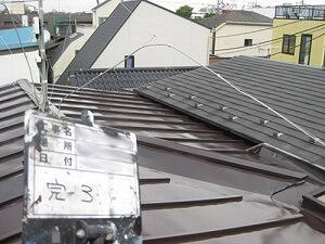 「築18年のトタン屋根を塗装工事!金属屋根の塗装の流れを解説(神奈川県愛川町)」のAfter写真