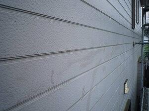 「チョーキング現象が発生した住宅を外壁塗装でピカピカに一新した事例(神奈川県厚木市)」のBefore写真