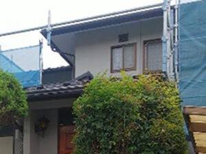 「雨どいの塗膜が剥がれた住宅を塗装工事!新築のように美しくなった事例(神奈川県藤沢市)」のBefore写真