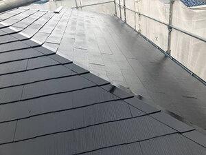 「色あせの起きている屋根を塗装メンテナンス!ピカピカに変身した事例(神奈川県座間市)」のAfter写真