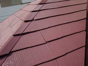 「築15年のA様邸を、おしゃれなガーネット色に変身させた屋根塗装(東京都武蔵野市)」のAfter写真