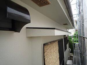 「築13年のモルタル外壁を塗装!新築さながらの外観が復活した事例(神奈川県逗子市)」のAfter写真