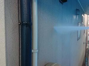 「外壁塗装とバルコニー防水塗装をまとめて!新築のように変身した事例(東京都目黒区)」のBefore写真