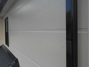 「外壁とバルコニーをまとめて塗装!コーキング補修の様子も紹介(神奈川県厚木市)」のAfter写真