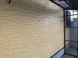 「コケが生えた築9年の住宅を外壁塗装!サイディング外壁の施工事例(東京都武蔵野市)」のAfter写真