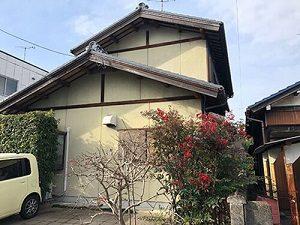 「築20年の住宅を外壁塗装!外壁材のひび割れ補修も実施した事例(東京都稲城市)」のBefore写真